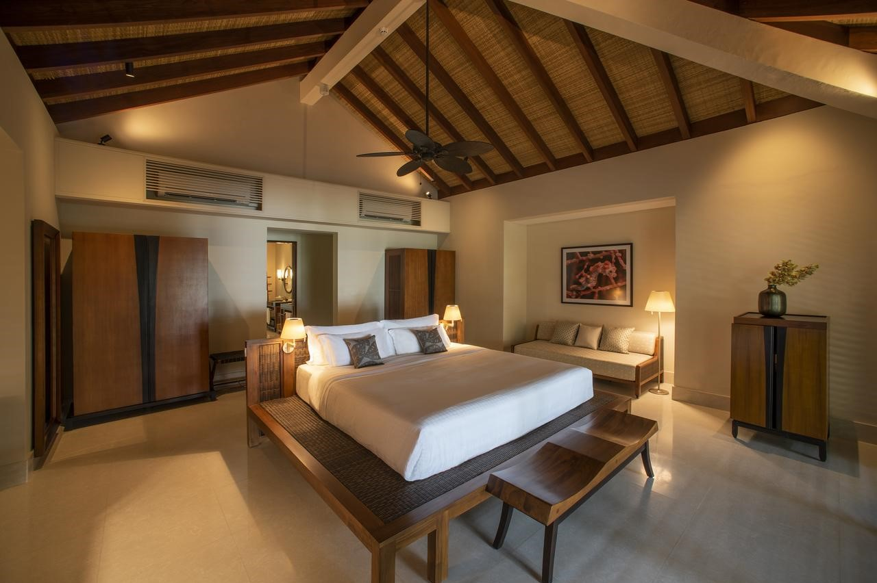 The Residence Maldives at Dhigurah 5*